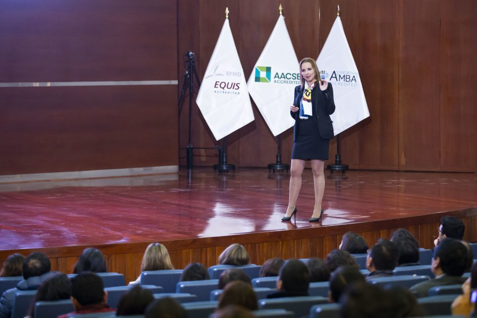 Dr. Amber Wigmore Alvarez featured as the keynote speaker at the International Conference in Peru